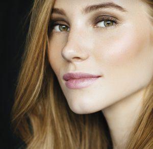 linea antiedad para cuidado y volumen de labios volumax